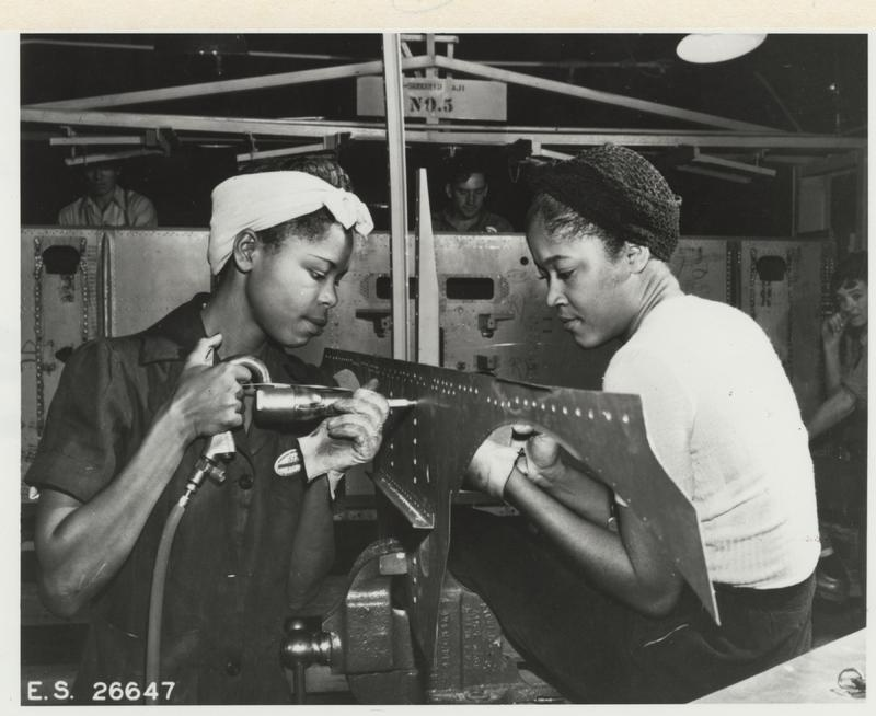 Luedell Mitchell and Lavada Cherry, a riveting team at Douglas Aircraft Company, El Segundo, ca. 1942