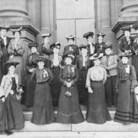 IAM Ladies Auxiliary members, circa late 1890s or 1900s
