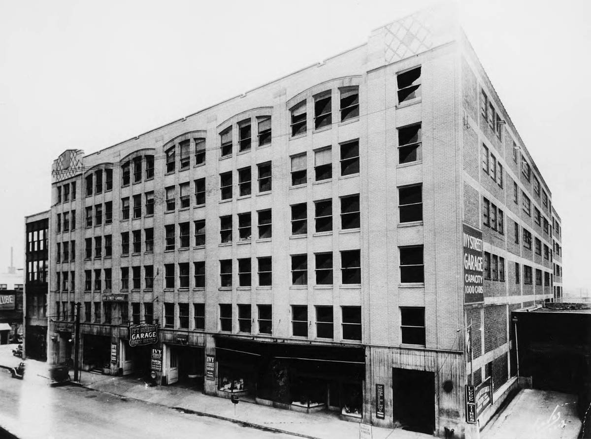 The Bolling Jones Building in the mid-1940s