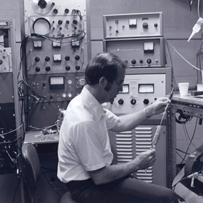 https://exhibits.library.gsu.edu/kell/files/tmp/1979-Rodlab1.jpg