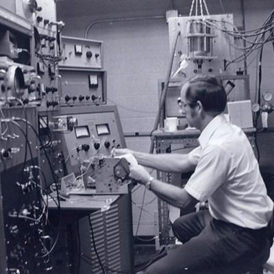 https://exhibits.library.gsu.edu/kell/files/tmp/1979-Rodlab2.jpg